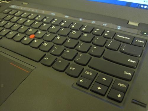 新しいThinkPad x1 Carbonのキーボード
