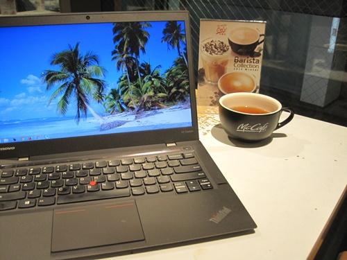 マックカフェでX1 Carbon