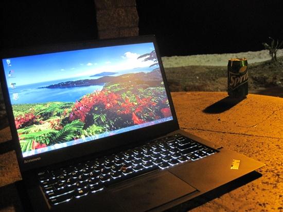 X1 Carbonハワイでキーボードバックライトつけてみた