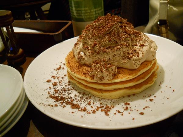 ホノルルコーヒー麻布十番店のコナコーヒークリームパンケーキ