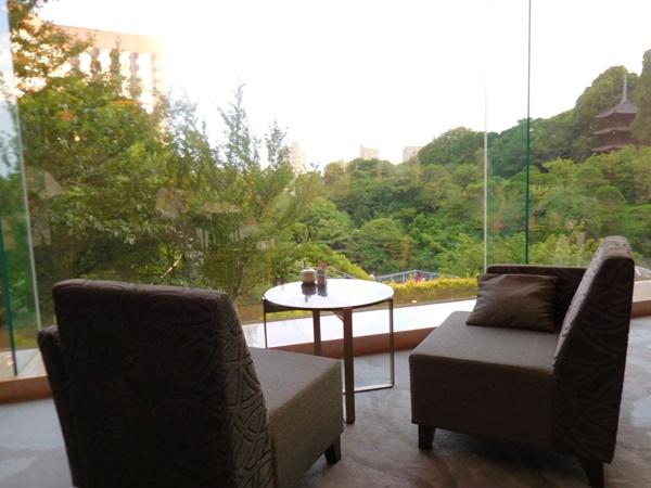 椿山荘ホテル東京で、ほたる待ちのあいだもX1 Carbonでひと仕事