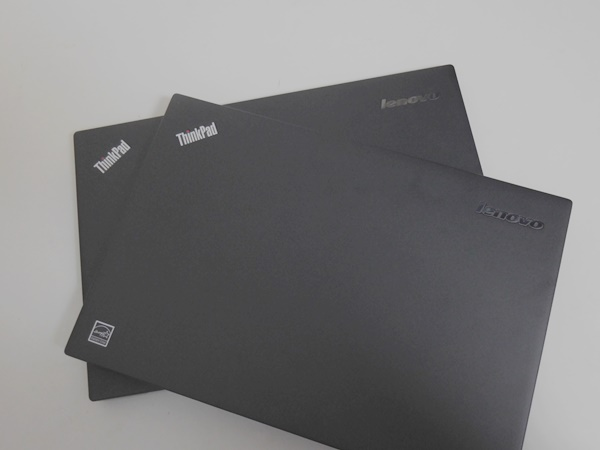 ThinkPad X1 Carbon 2015とX1Carbon2014を重ねてみる