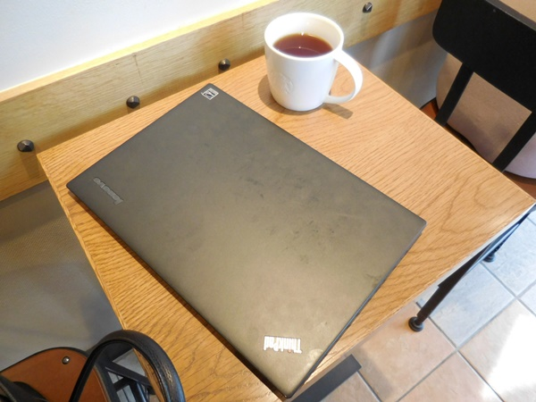スタバでThinkPad X1 Carbon