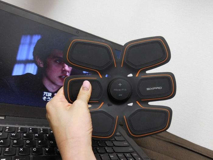 これからのんびりタイム。ThinkPad X1 Carbonでドラマ&筋トレ