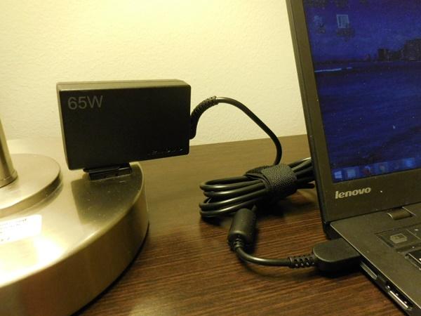 65W トラベル AC アダプターThinkPad X1 Carbonの必需品、