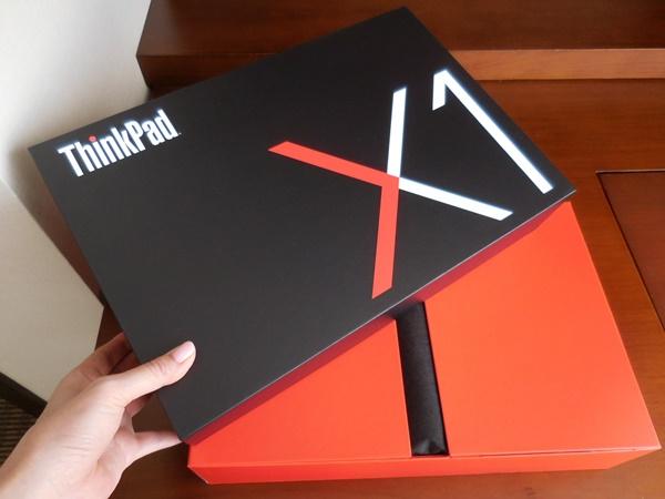 ThinkPad X1 Carbon  2016 発売開始から2カ月過ぎても人気で納期が遅れ気味?!
