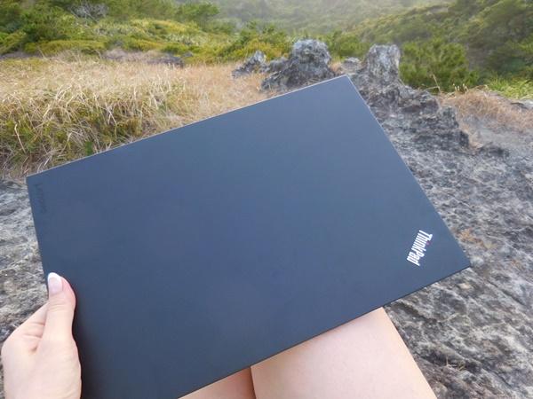 小笠原諸島・父島にもThinkPad X1 Carbonを持っていく。軽くて便利